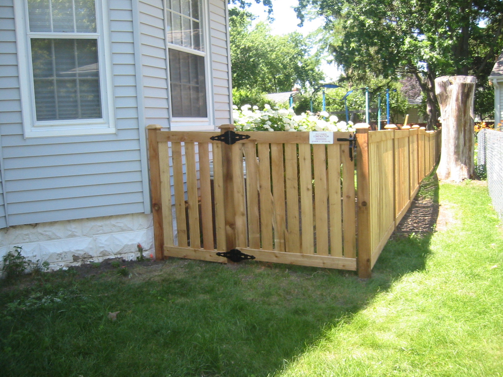 J and construction fence services work pictures